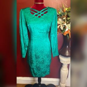 ✨Vintage Emerald Green Dress✨